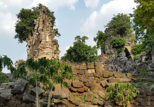The Angkor-period temple of Banteay Top, within the Banteay Chhmar acquisition block. Lidar revealed details of a large earthen enclosure and additional temple sites and occupation areas in the vicinity of this large stone temple.
