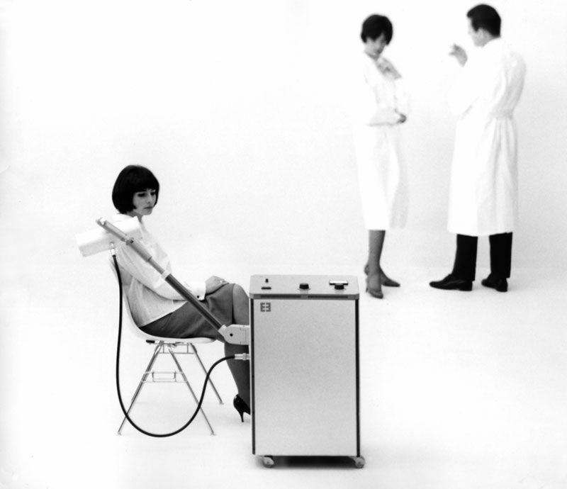 Advertisement for Erbotherm, heat therapy unit (1962). Designers: Tomás Maldonado, with Gui Bonsiepe and Rudolf Scharfenberg. Manufacturer: Erbe Elektromedizin.