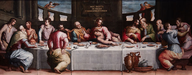 Last Supper (1546), Giorgio Vasari. The painting was badly damaged during the Florence floods of 1966 but has been fully restored. Photo: ZEPstudio/Opera di Santa Croce