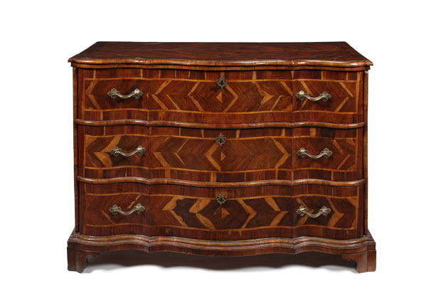 North Italian olivewood and walnut commode en arbalète (late 18th century). The Pedestal; £3,000–£4,000