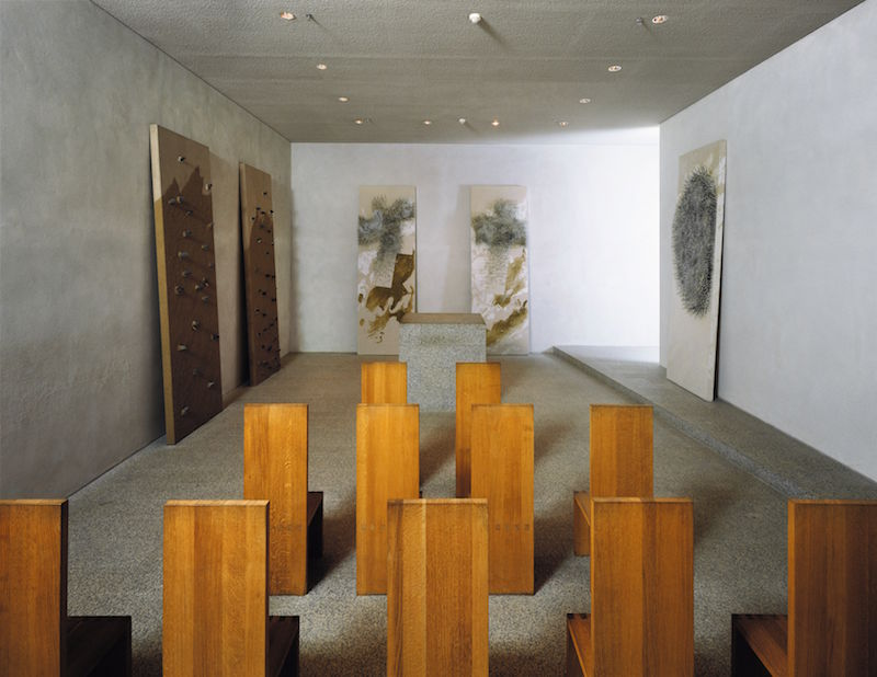 The prayer room at the Reichstag, designed by Günther Uecker in 1998–99. Photo: Nic Tenwiggenhom