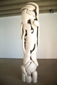 Lost in Thought (2015), Tony Cragg. Photo: Ned Carter Miles