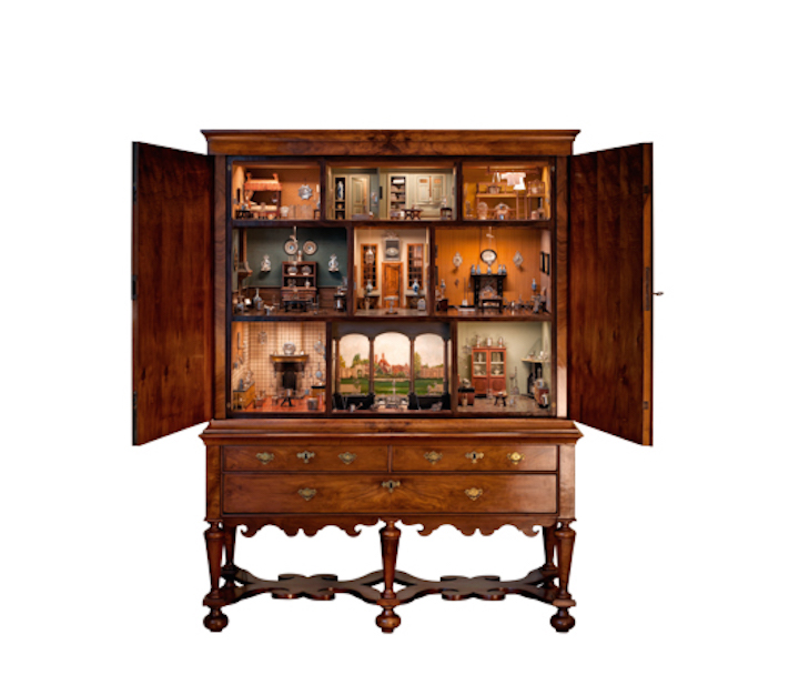 Doll's House (1690–1710), the Netherlands and China. Sold at John Endlich Antiquairs, asking price of €1.8m